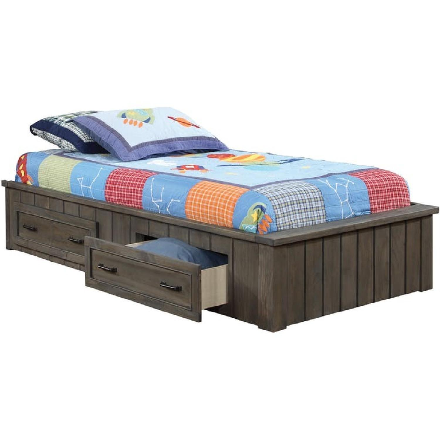 Twin Size Captain's Bed w/ 2 Storage Drawers