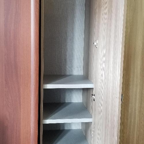 Alf Dafre Closet
