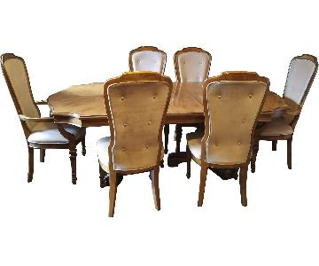 Bernhardt Expandable Dining Room Table w/ 6 Chairs