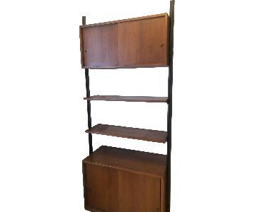 Mid Century Shelving Unit / Liquor Cabinet