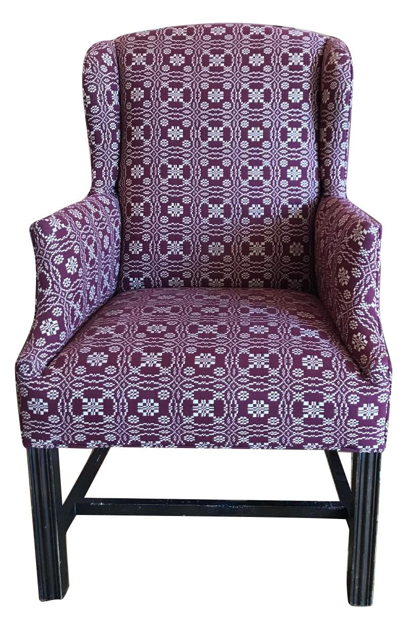 Wondrous Custom Upholstered Accent Chair Aptdeco Gamerscity Chair Design For Home Gamerscityorg