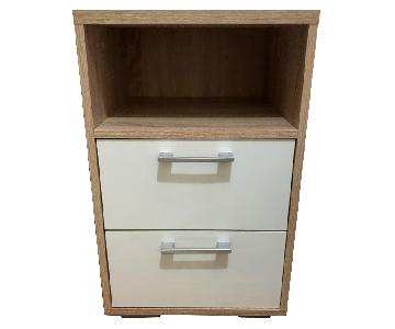 Modern 2-Drawer Nightstand