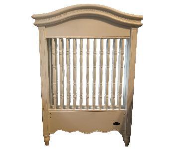 White Bonavita Wooden Crib