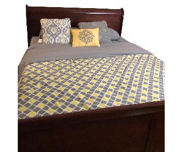 Queen Size Bed Frame w/ Headboard