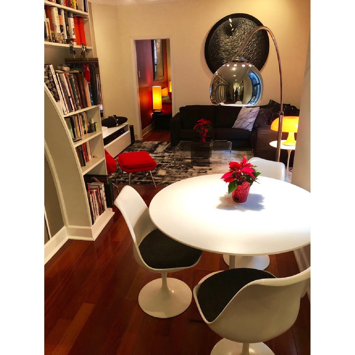 Eero Saarinen Dining Table w/ 4 Chairs-0