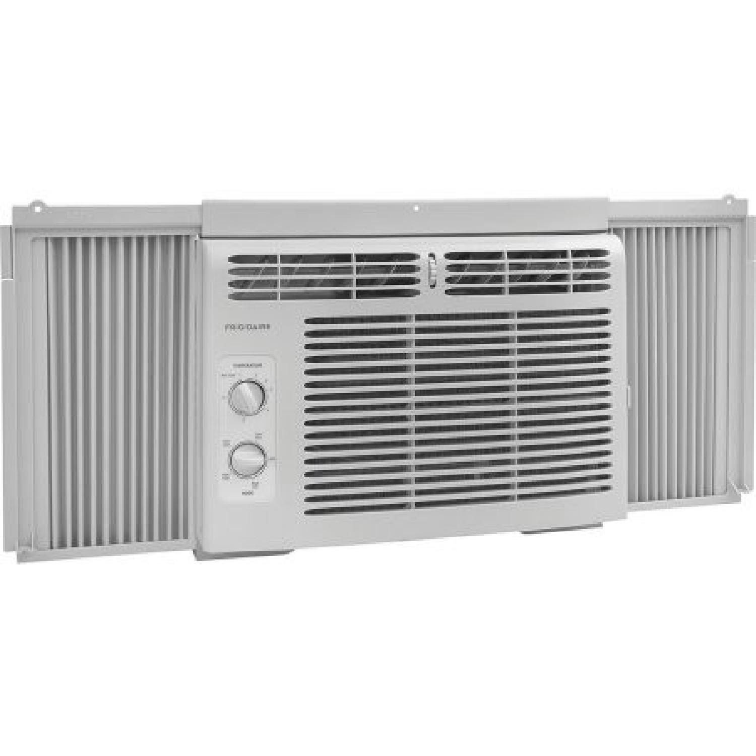 Frigidaire Ffra0511r1 5 000 Btu 115v Window Mounted Mini Compact Air Conditioner With Mechanical Controls Aptdeco