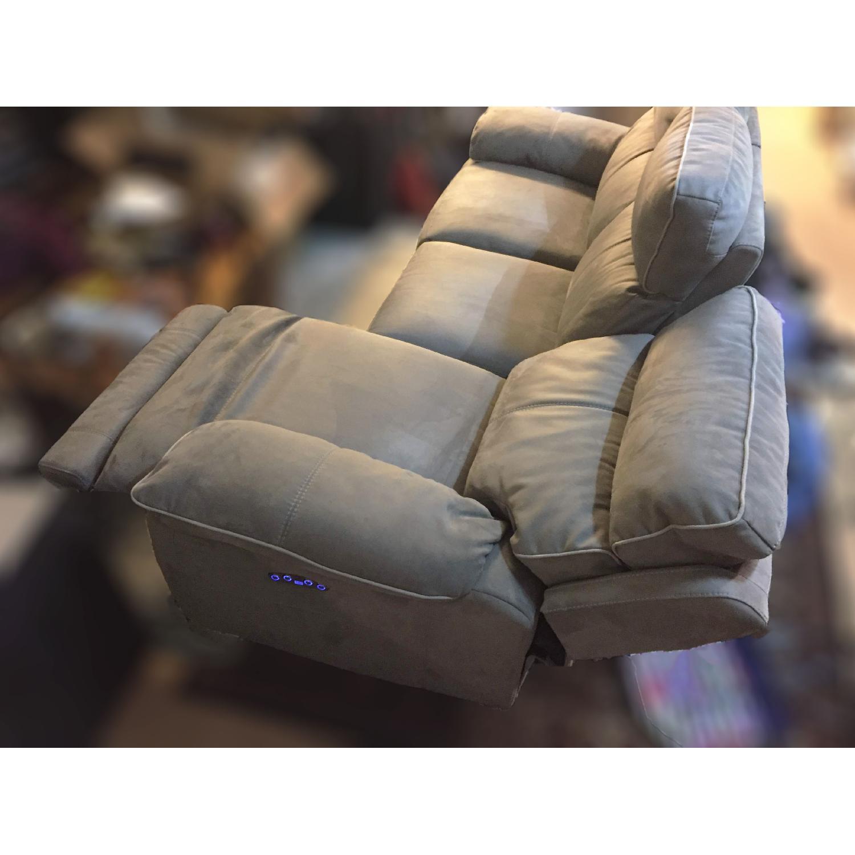 Bob's Jetson Power Reclining Sofa-1
