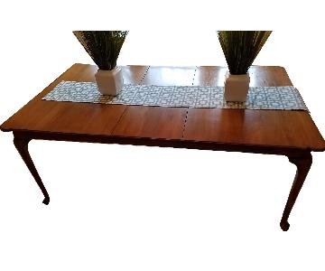Davis Cabinet Company Solid Wood Walnut Dining Room Table