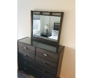 Bob's Triple Dresser w/ Mirror