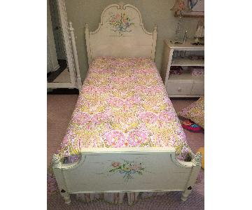 Ethan Allen Cottage Style Girls Bed