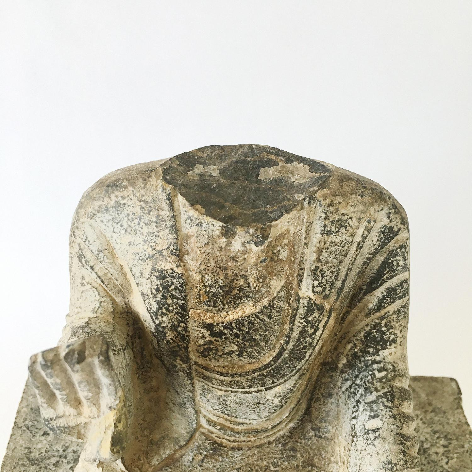 Antique Chinese Tang Dynasty Blue Stone Buddha Statue-6