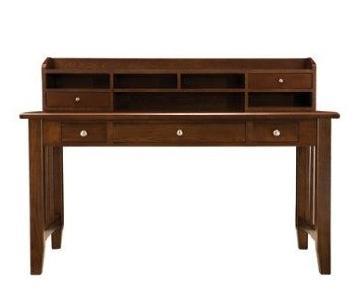 Raymour & Flanigan Norwich Desk Table