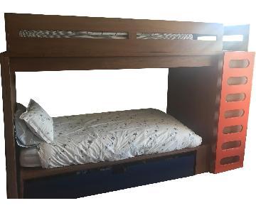 Duc Duc Loft Bed w/ Matching Platform Bed