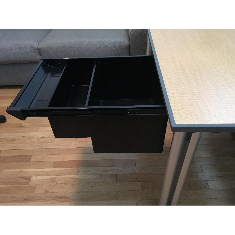 Knoll Propeller Desk & Soho Chair - image-7