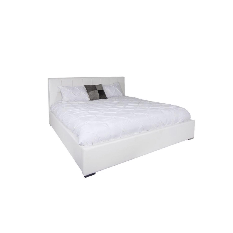 Modani Queen Size Lift Up Storage Platform Bed Aptdeco