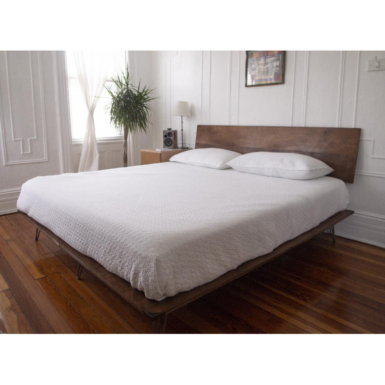 Mid Century Style King Platform Bed W Slanted Aptdeco