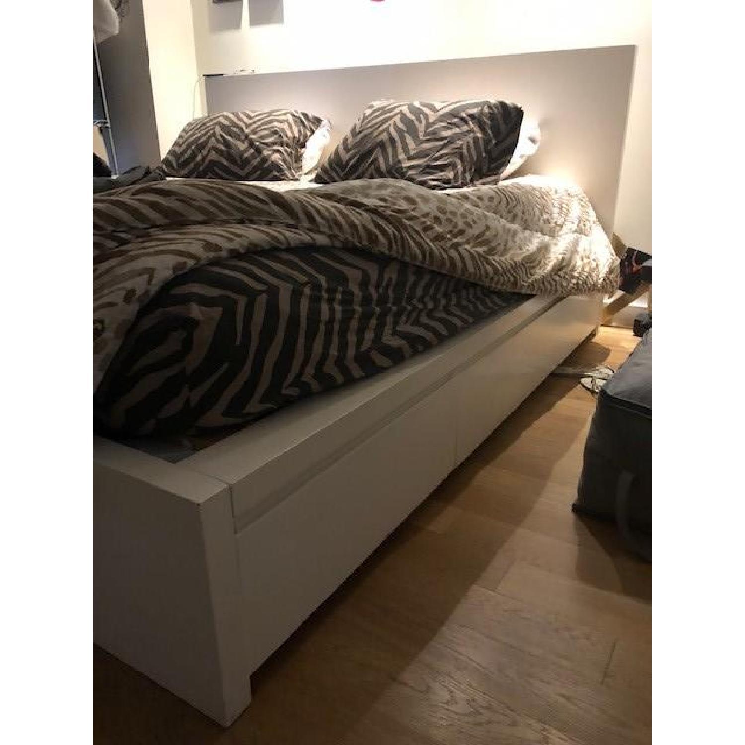 King Size Bed W Storage Aptdeco