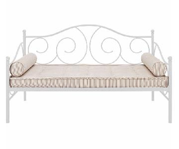 DHP Victoria White Metal Daybed