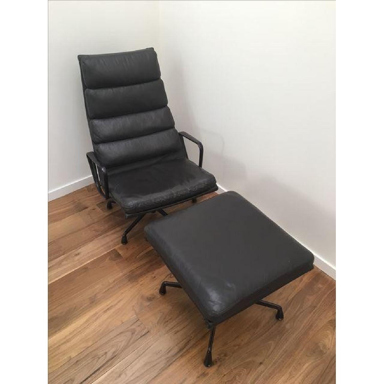 Eames EA 438 Lounge Chair & Ottoman - image-2