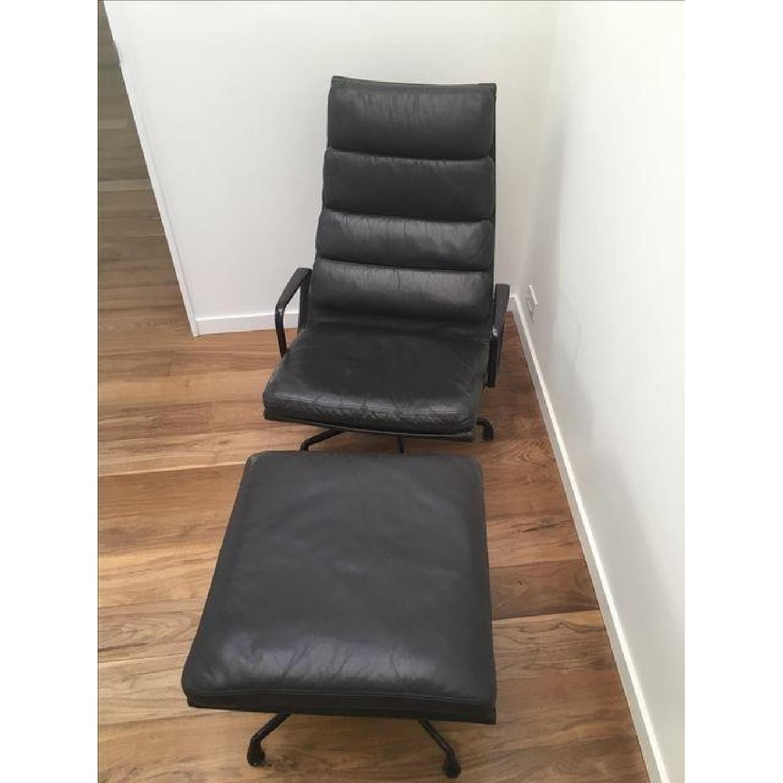 Eames EA 438 Lounge Chair & Ottoman - image-3