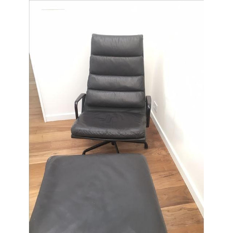 Eames EA 438 Lounge Chair & Ottoman - image-8