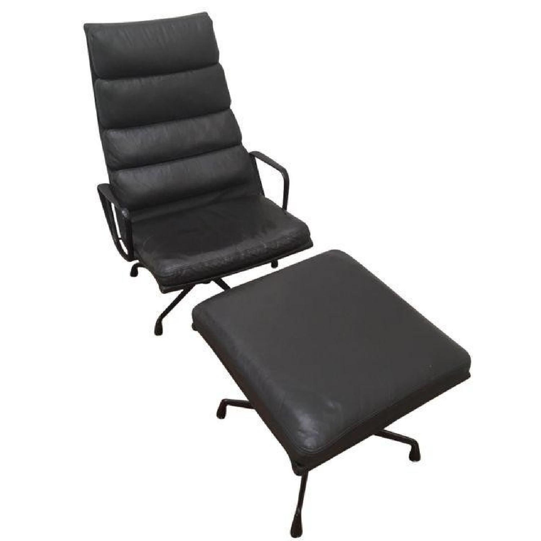 Eames EA 438 Lounge Chair & Ottoman - image-0