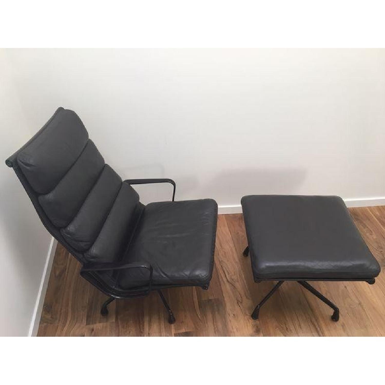 Eames EA 438 Lounge Chair & Ottoman - image-10