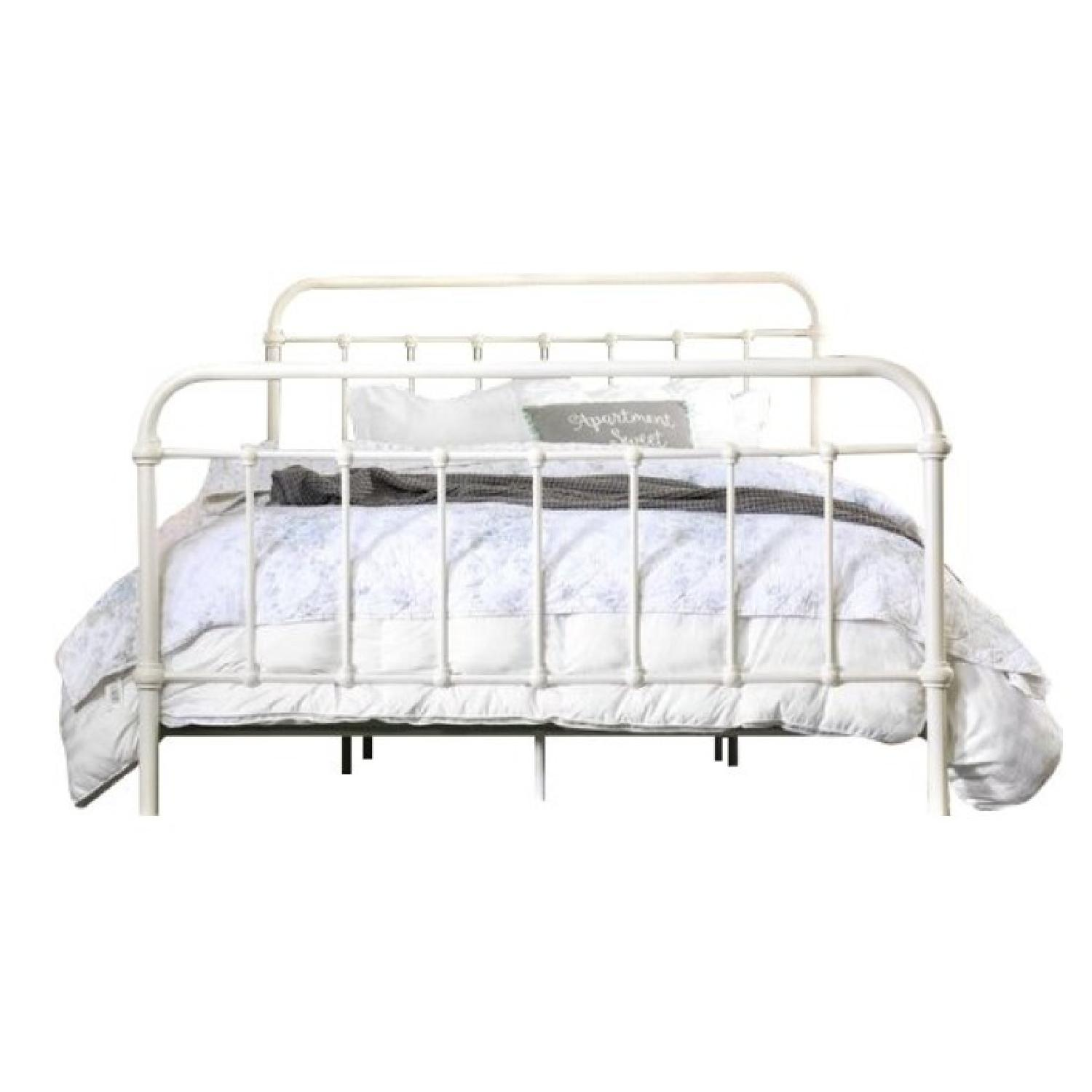 Shabby Chic Queen Metal Bed in Vintage White-2