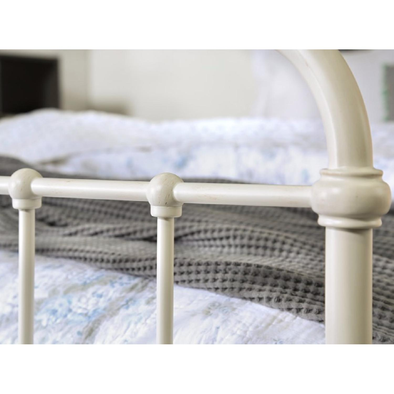 Shabby Chic Queen Metal Bed in Vintage White-3