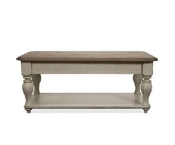 Lark Manor Quevillon Lift Top Coffee Table