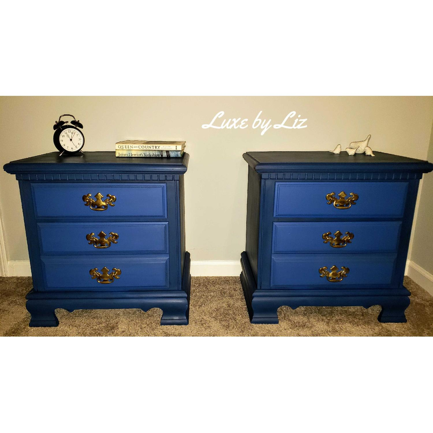 Vintage Federal Style Nightstands-0
