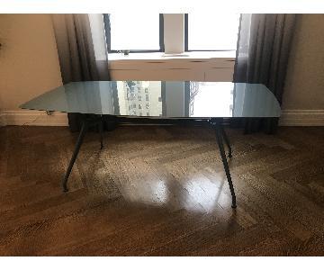 Rimadesio Manta Dining Table