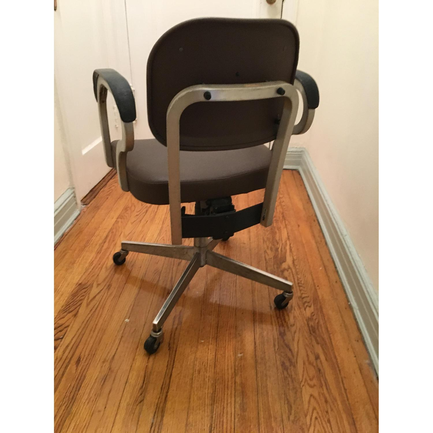 Goodform Vintage Rolling Office Chair w/ Adjustable Height-2