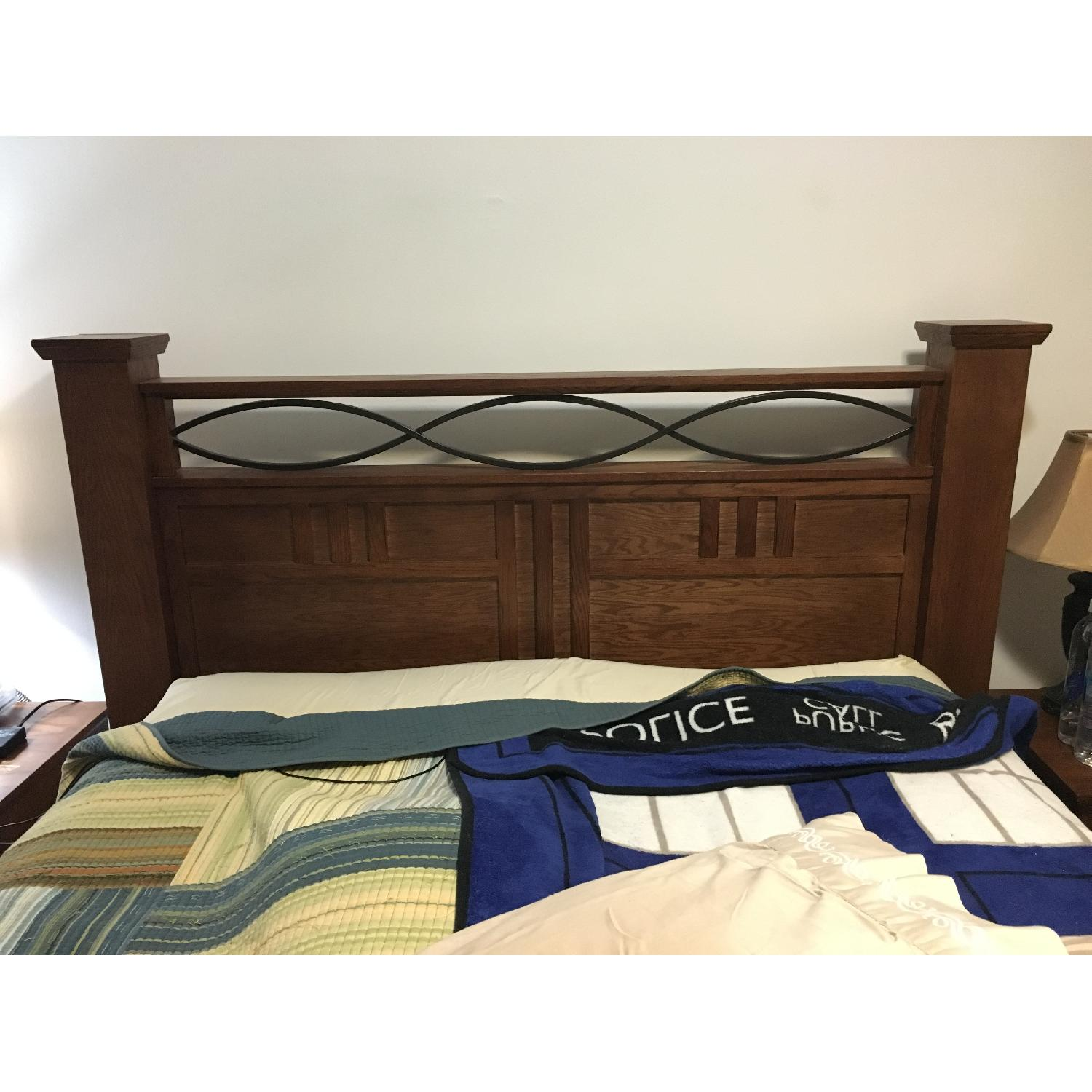 Raymour & Flanigan Queen Size Wooden Storage Bed Frame + 2 Nightstands - image-7