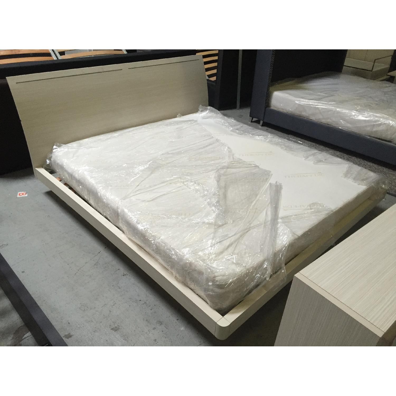 Lazzoni White King Size Bed Frame - image-3