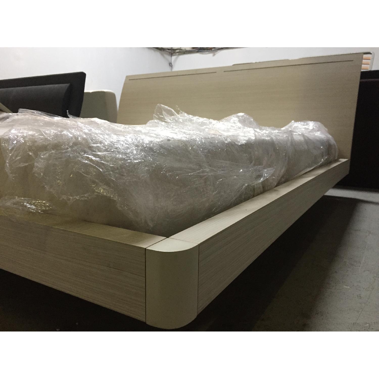 Lazzoni White King Size Bed Frame - image-8