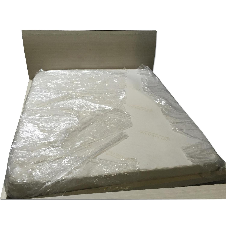 Lazzoni White King Size Bed Frame - image-0