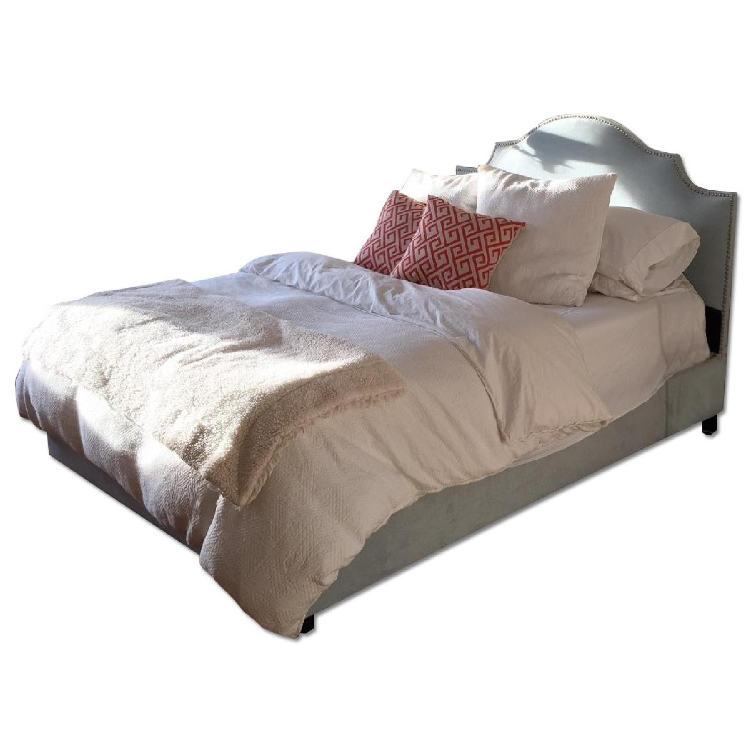 Skyline FurnitureVelvet Queen Nail Button Notched Bed Frame - image-0