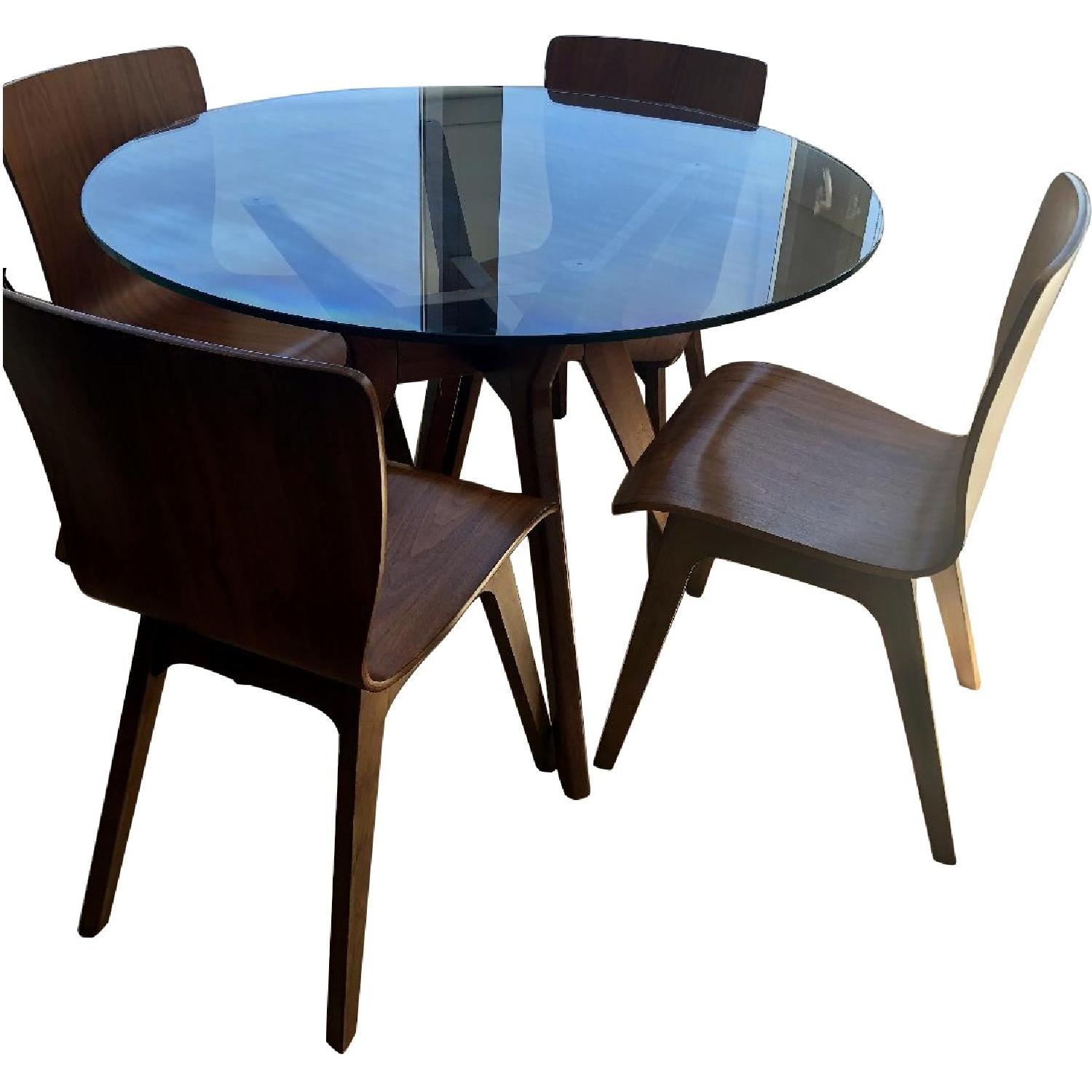West Elm Jensen Round Glass Dining Table w/ 4 Crest Chairs