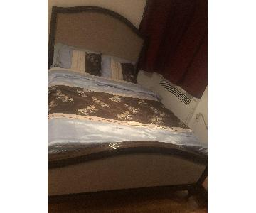 City Furniture Queen Size Bed