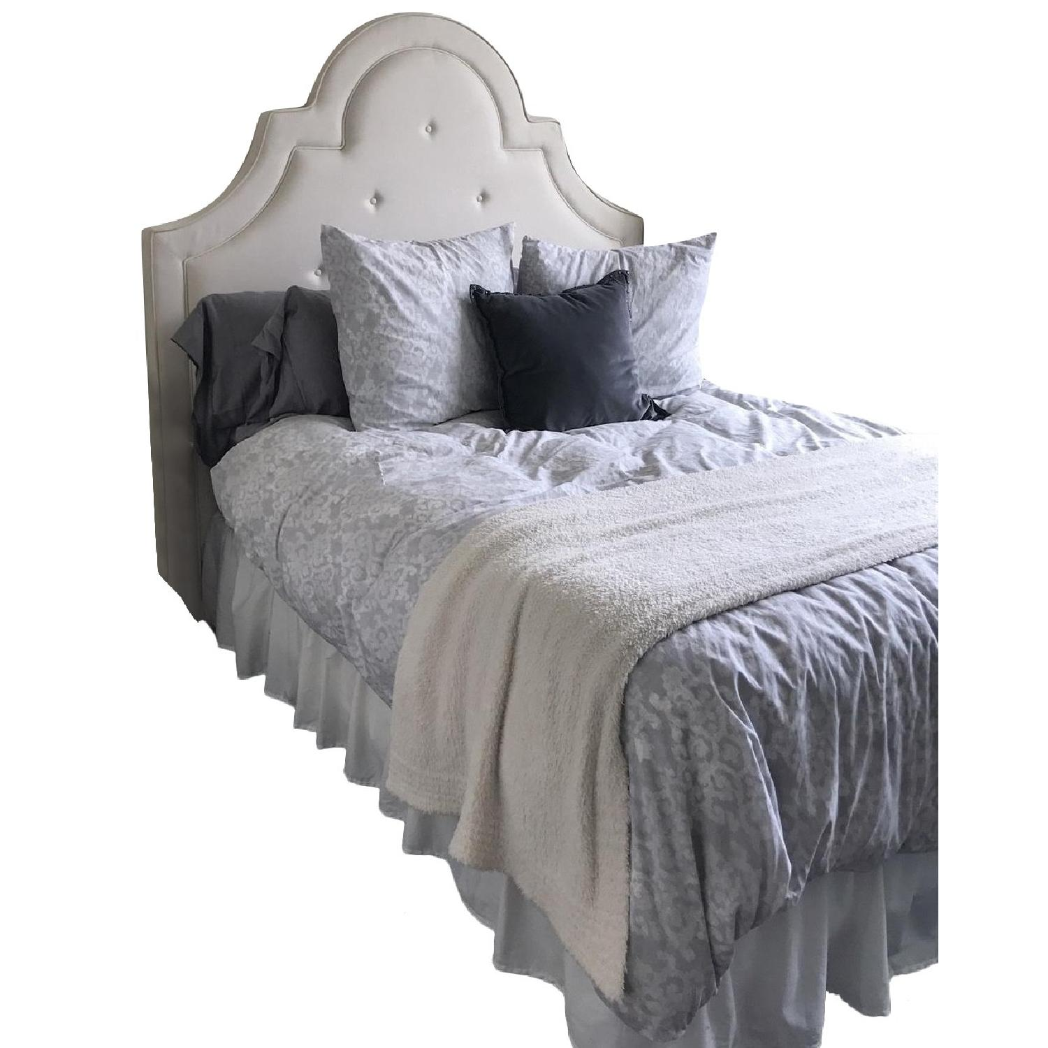 Pottery Barn Queen Bed Frame w/ Headboard