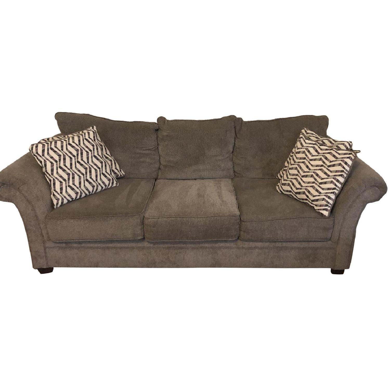 Bob's 3-Seater Sofa w/ Throw Pillows