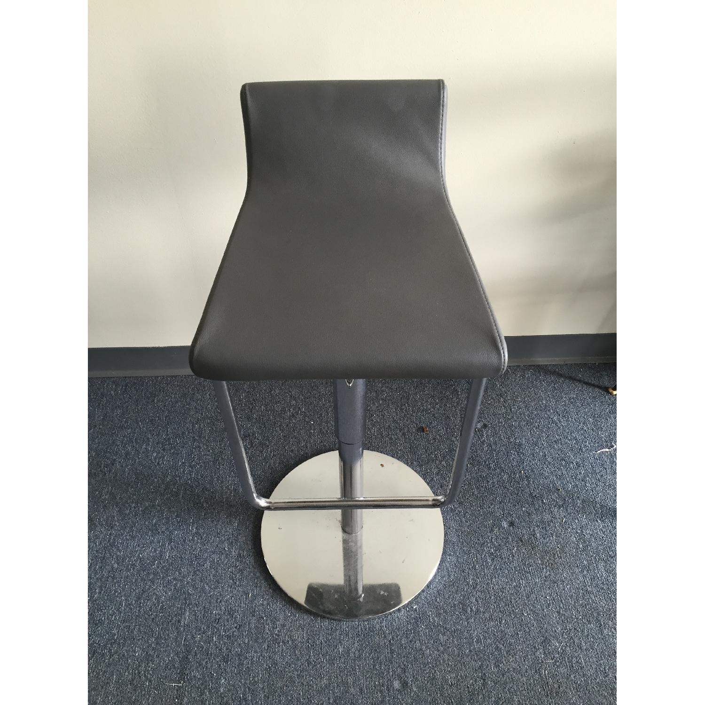Lazzoni Adjustable Pistons Black Stool - image-1