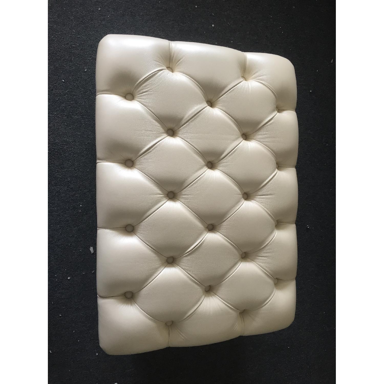 Lazzoni White Ottoman - image-2