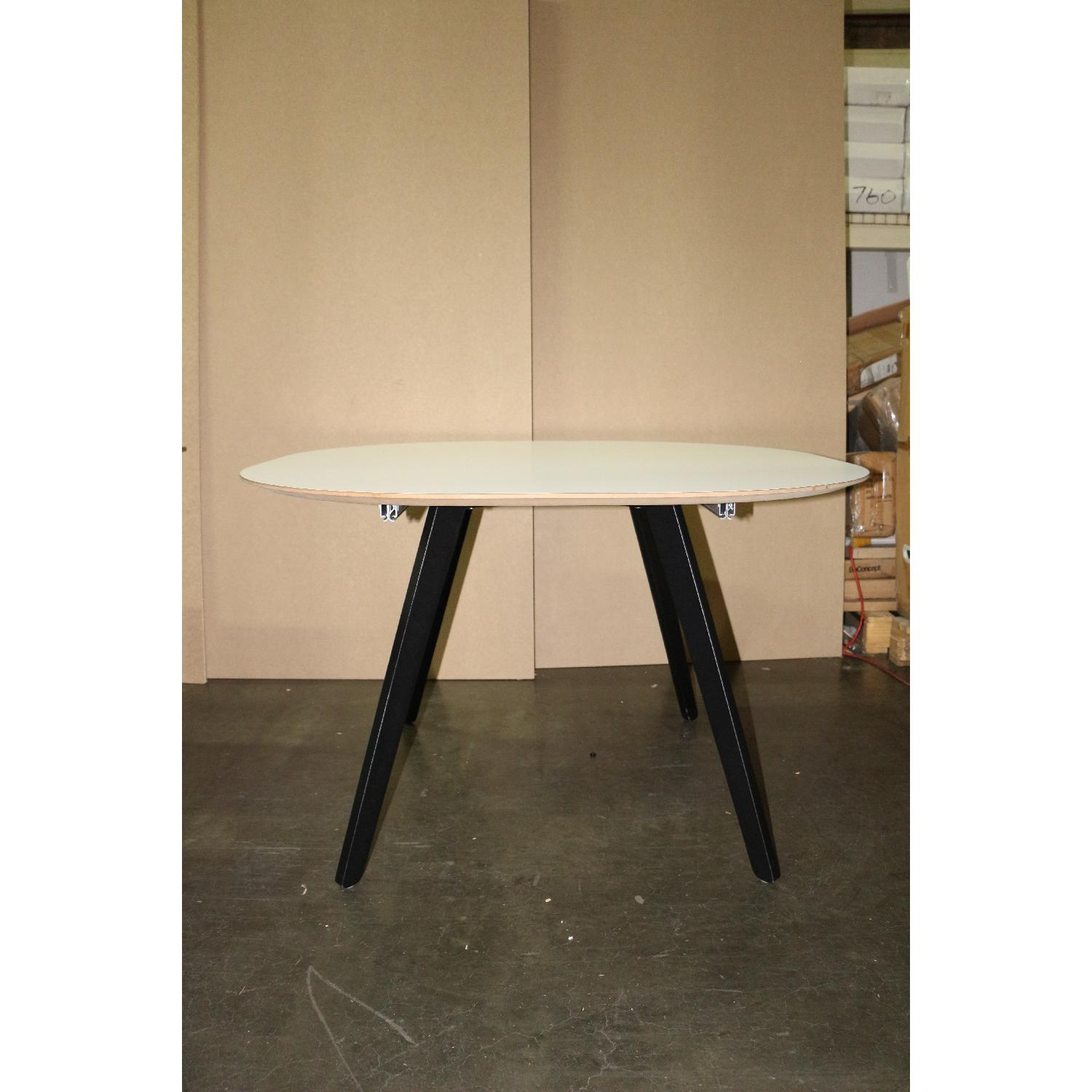 BoConcept Wembly Dining Table - image-3