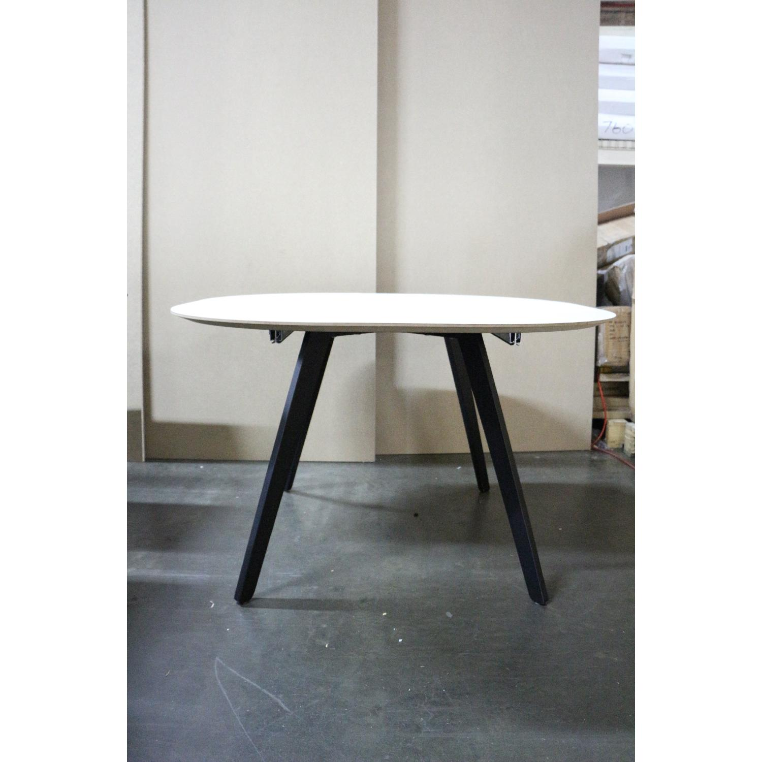 BoConcept Wembly Dining Table - image-4