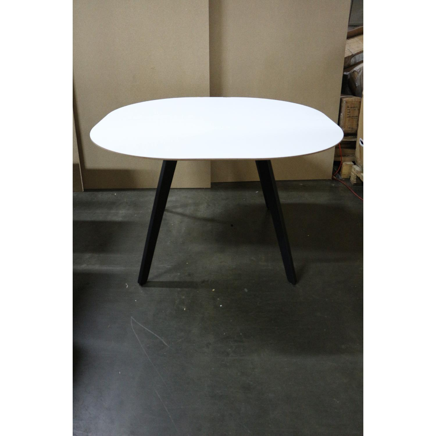 BoConcept Wembly Dining Table - image-5