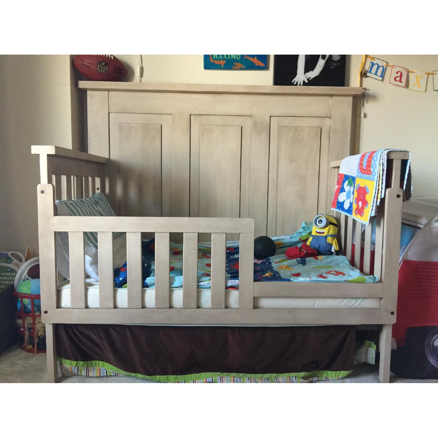 Munire Wood Transition Crib - image-0