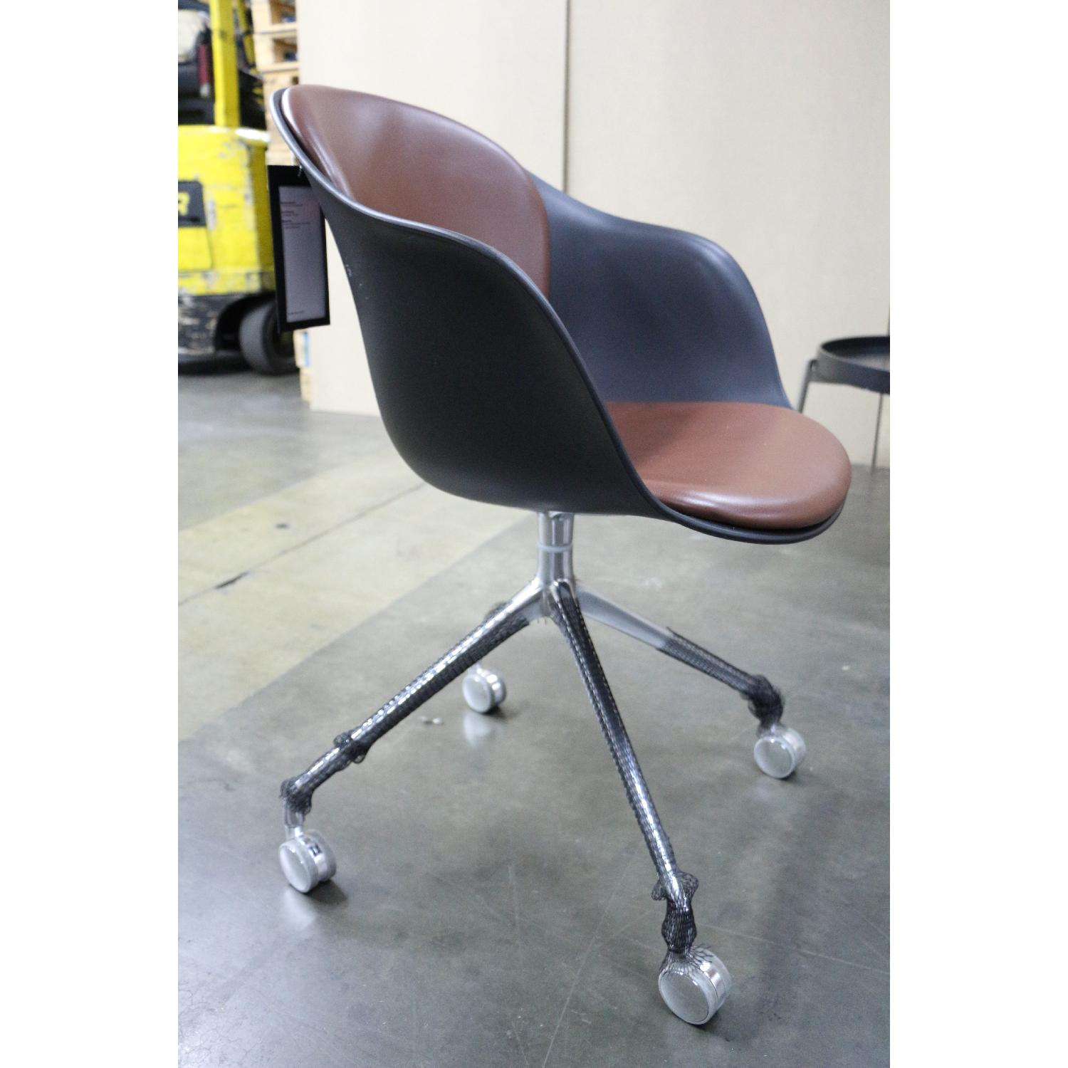 BoConcept Adelaide Chair w/ Swivel Function - image-7