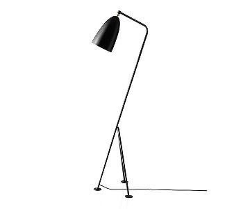 Grasshopper Tripod Floor Lamp in Black